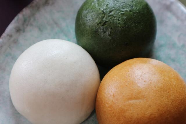 3色のお饅頭