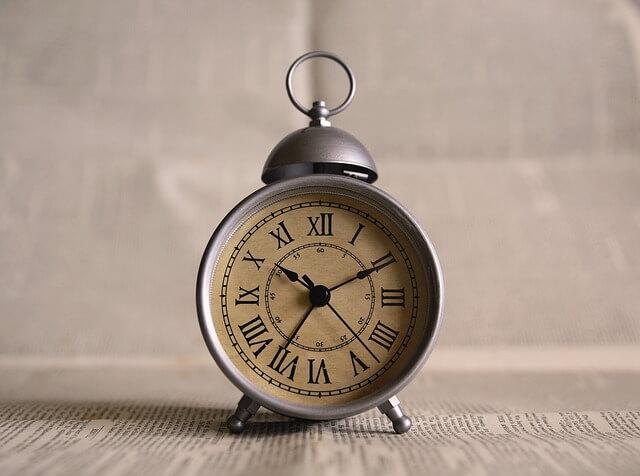 古い置き時計